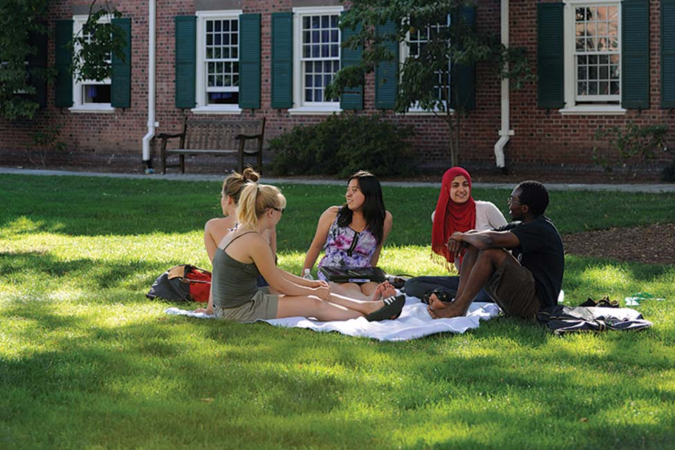 blog Image Summer English Programs at Yale University IEP